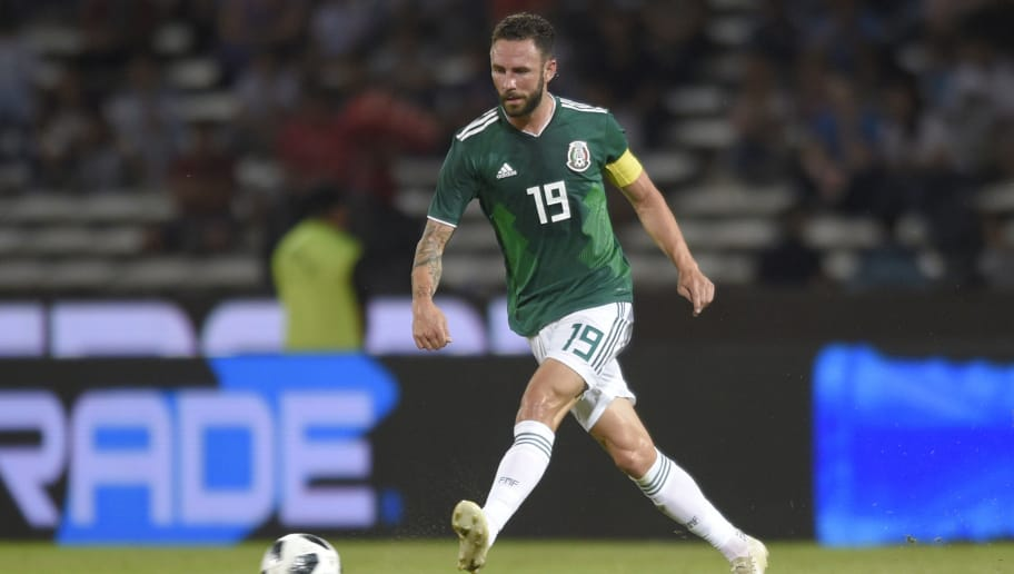 CORDOBA, ARGENTINA - NOVEMBER 16: Miguel Layun of Mexico kicks the ball during a friendly match between Argentina and Mexico at Mario Kempes Stadium on November 16, 2018 in Cordoba, Argentina. (Photo by Jam Media/Getty Images)