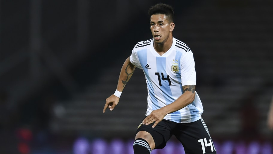 CORDOBA, ARGENTINA - NOVEMBER 16: Maximiliano Meza of Argentina drives the ball during a friendly match between Argentina and Mexico at Mario Kempes Stadium on November 16, 2018 in Cordoba, Argentina. (Photo by Marcelo Endelli/Getty Images)