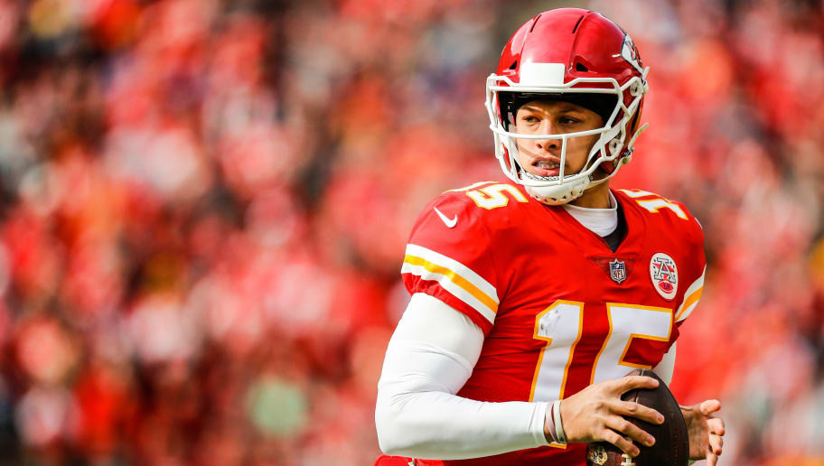 KANSAS CITY, MO - NOVEMBER 11: Patrick Mahomes #15 of the Kansas City Chiefs rushes out of the pocket during the first half of the game against the Arizona Cardinals at Arrowhead Stadium on November 11, 2018 in Kansas City, Missouri. (Photo by David Eulitt/Getty Images)