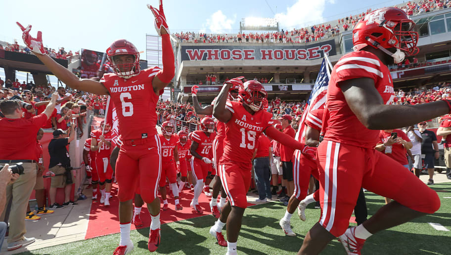 HOUSTON, TX - SEPTEMBER 8: Kinte Hatton #6 of the Houston Cougars and teammates take the field before playing against the Arizona Wildcats at TDECU Stadium on September 8, 2018 in Houston, Texas. Houston won 45 to 18. (Photo by Thomas B. Shea/Getty Images)