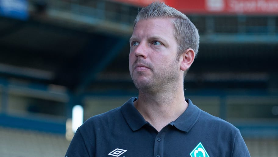 BIELEFELD, GERMANY - JULY 27: Head coach Florian Kohfeldt of Werder Bremen looks on during the Friendly match between Arminia Bielefeld and SV Werder Bremen at SchücoArena on July 27, 2018 in Bielefeld, Germany. (Photo by TF-Images/Getty Images)