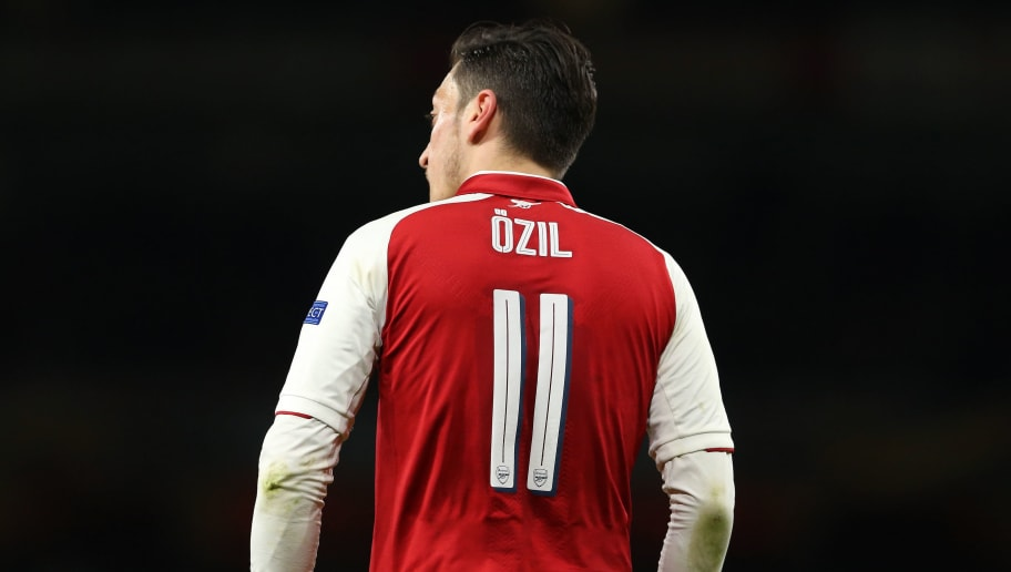 LONDON, ENGLAND - APRIL 26: Mesut Ozil of Arsenal during the UEFA Europa League Semi Final leg one match between Arsenal FC and Atletico Madrid at Emirates Stadium on April 26, 2018 in London, United Kingdom. (Photo by James Williamson - AMA/Getty Images)