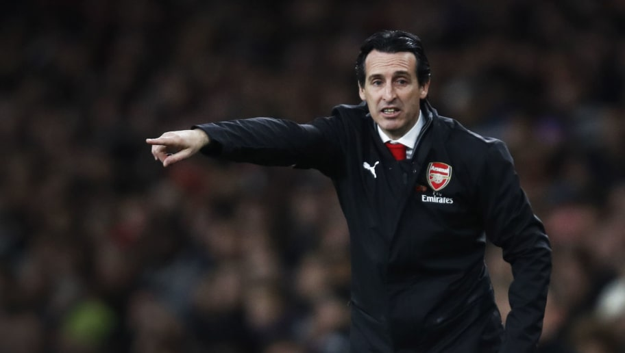 LONDON, ENGLAND - NOVEMBER 03:  Unai Emery, Manager of Arsenal looks on during the Premier League match between Arsenal FC and Liverpool FC at Emirates Stadium on November 3, 2018 in London, United Kingdom.  (Photo by Julian Finney/Getty Images)