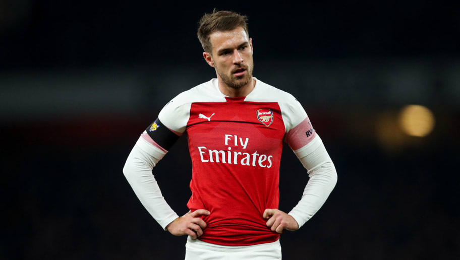 LONDON, ENGLAND - NOVEMBER 03: Aaron Ramsey of Arsenal during the Premier League match between Arsenal FC and Liverpool FC at Emirates Stadium on November 3, 2018 in London, United Kingdom. (Photo by Robbie Jay Barratt - AMA/Getty Images)