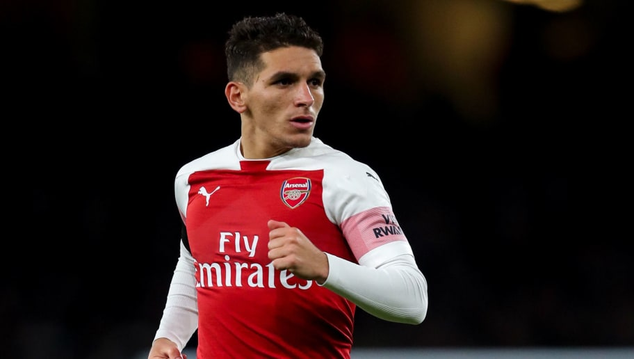 LONDON, ENGLAND - NOVEMBER 03: Lucas Torreira of Arsenal during the Premier League match between Arsenal FC and Liverpool FC at Emirates Stadium on November 3, 2018 in London, United Kingdom. (Photo by Robbie Jay Barratt - AMA/Getty Images)