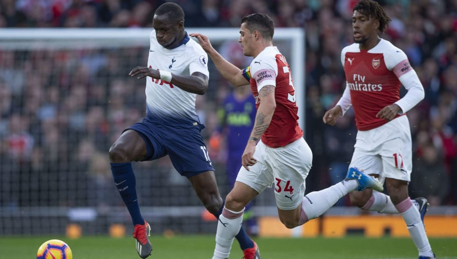 LONDON, ENGLAND - DECEMBER 02: Moussa Sissoko of Tottenham Hotspur and Granit Xhaka of Arsenal during the Premier League match between Arsenal FC and Tottenham Hotspur FC at the Emirates Stadium on December 2, 2018 in London, United Kingdom. (Photo by Visionhaus/Getty Images)