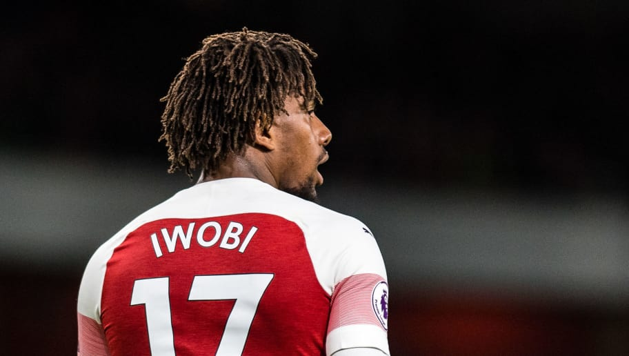 LONDON, ENGLAND - NOVEMBER 11: Alex Iwobi of Arsenal FC looks on during the Premier League match between Arsenal FC and Wolverhampton Wanderers at Emirates Stadium on November 11, 2018 in London, United Kingdom. (Photo by Sebastian Frej/MB Media/Getty Images)