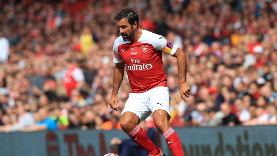 LONDON, ENGLAND - SEPTEMBER 08: Robert Pires of Arsenal during the match between Arsenal Legends and Real Madrid Legends at Emirates Stadium on September 8, 2018 in London, United Kingdom. (Photo by Marc Atkins/Getty Images)