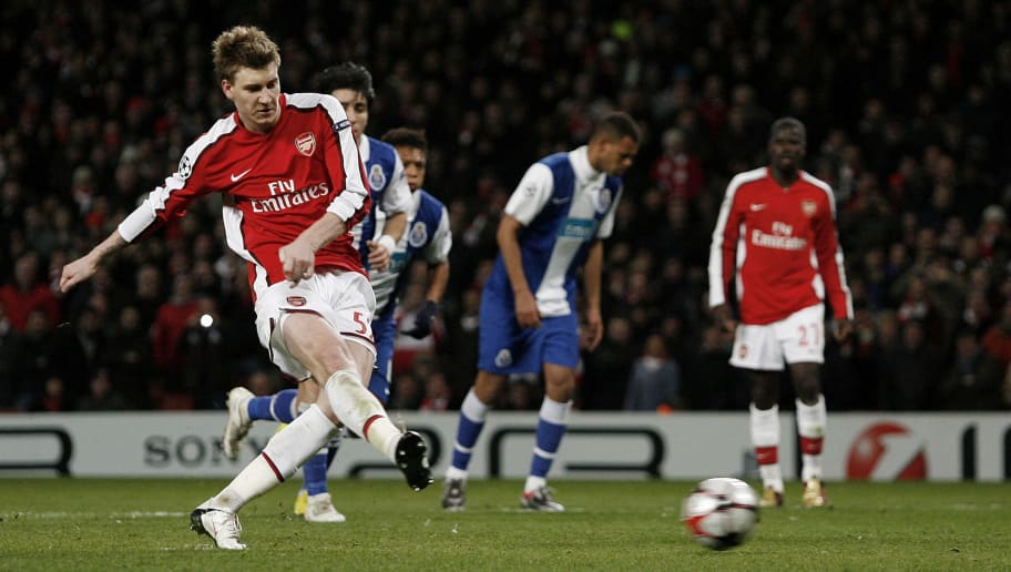 Arsenal's Danish striker Nicklas Bendtner scores the fifth goal and gets his hat-trick during their UEFA Champions League round of 16, second leg football match against FC Porto at the Emirates Stadium, London, England, on March 9, 2010. AFP PHOTO/IAN KINGTON (Photo credit should read IAN KINGTON/AFP/Getty Images)