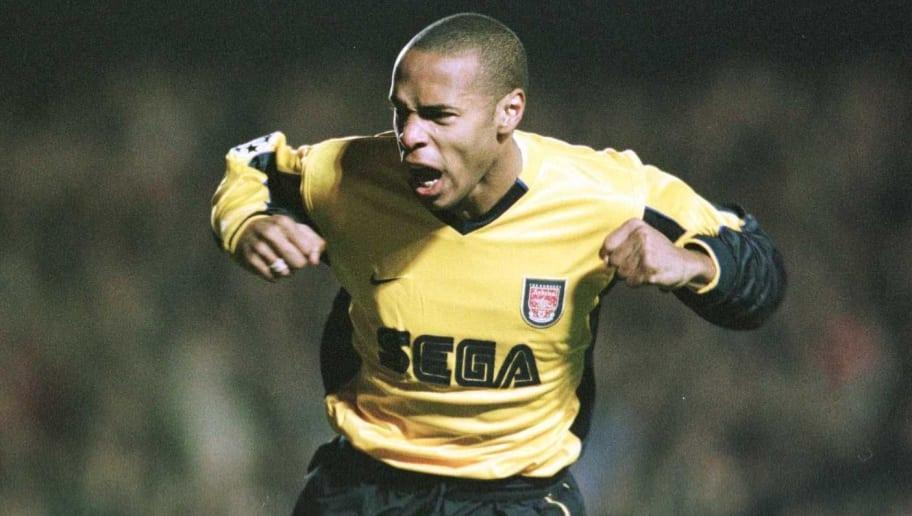 5 Dec 2000:  Thierry Henry of Arsenal celebrates scoring during the match between Arsenal and Bayern Munich in the UEFA Champion League Group C at Highbury, London. Mandatory Credit: Shaun Botterill/ALLSPORT