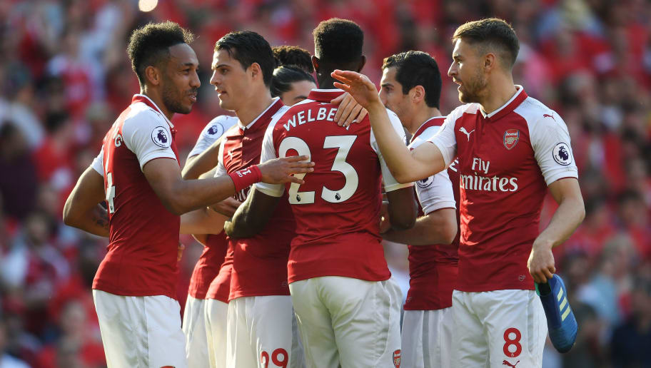LONDON, ENGLAND - MAY 06:  Pierre-Emerick Aubameyang of Arsenal celebrates after scoring his sides fifth goal with his team mates during the Premier League match between Arsenal and Burnley at Emirates Stadium on May 6, 2018 in London, England.  (Photo by Mike Hewitt/Getty Images)