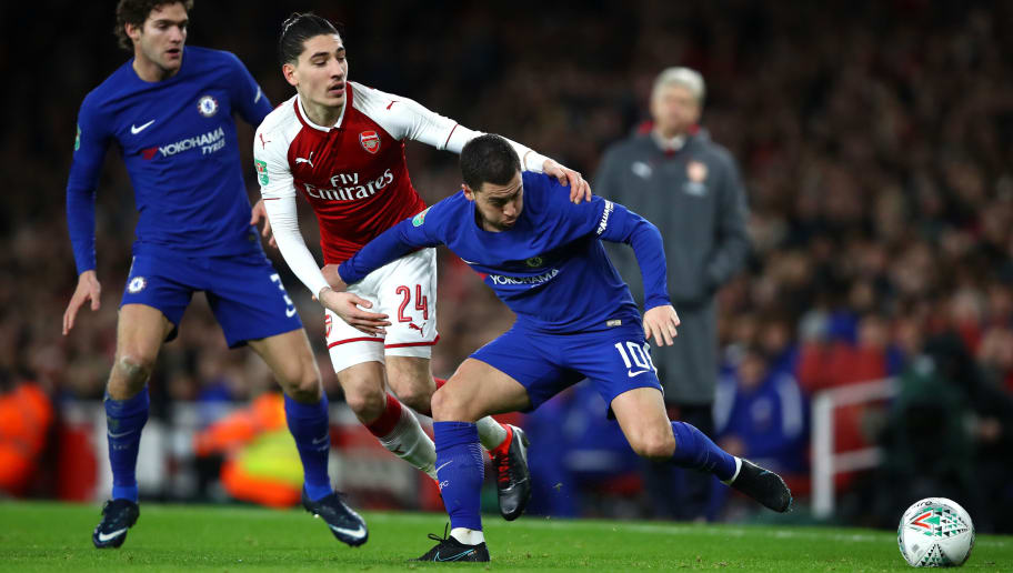 LONDON, ENGLAND - JANUARY 24:  Hector Bellerin of Arsenal closes down Eden Hazard of Chelsea during the Carabao Cup Semi-Final Second Leg at Emirates Stadium on January 24, 2018 in London, England.  (Photo by Julian Finney/Getty Images)