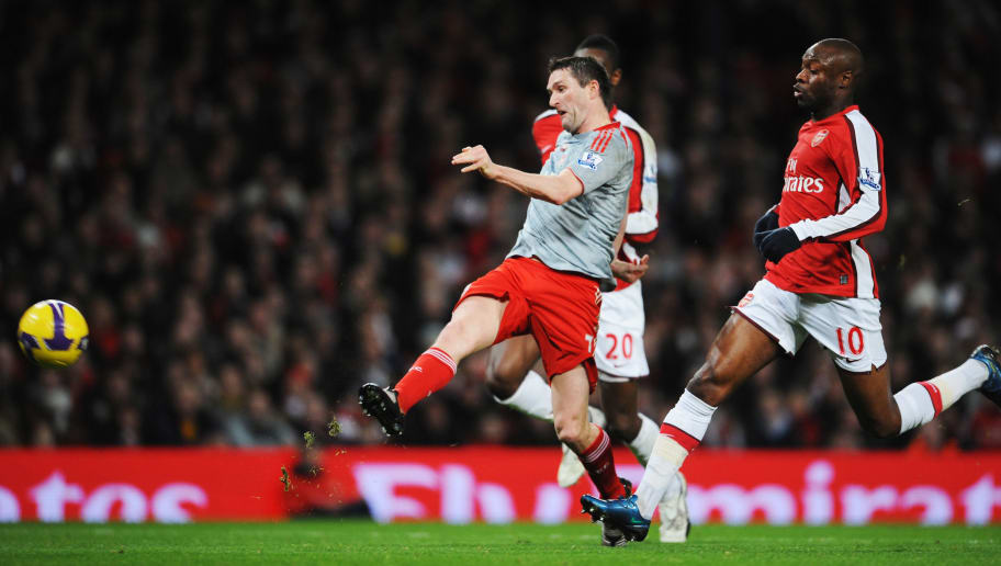 LONDON - DECEMBER 21:  Robbie Keane of Liverpool scores their first goal during the Barclays Premier League match between Arsenal and Liverpool at the Emirates Stadium on December 21, 2008 in London, England.  (Photo by Clive Mason/Getty Images)
