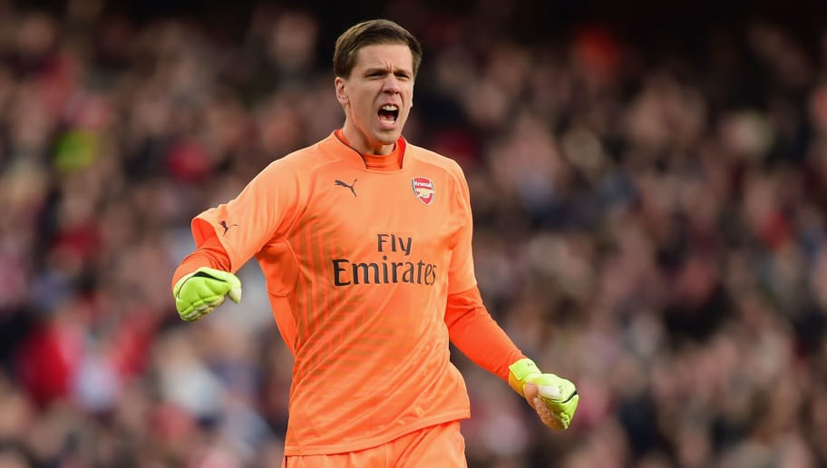 LONDON, ENGLAND - FEBRUARY 15:  Wojciech Szczesny of Arsenal reacts during the FA Cup fifth round match between Arsenal and Middlesbrough at Emirates Stadium on February 15, 2015 in London, England.  (Photo by Jamie McDonald/Getty Images)