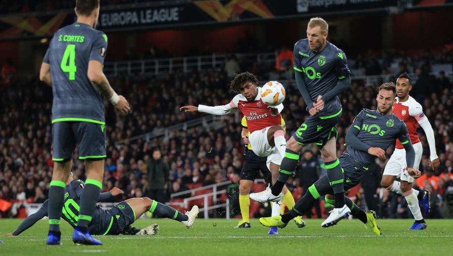 LONDON, ENGLAND - NOVEMBER 08: Alex Iwobi of Arsenal shoots during the UEFA Europa League Group E match between Arsenal and Sporting CP at Emirates Stadium on November 8, 2018 in London, United Kingdom. (Photo by Marc Atkins/Getty Images)