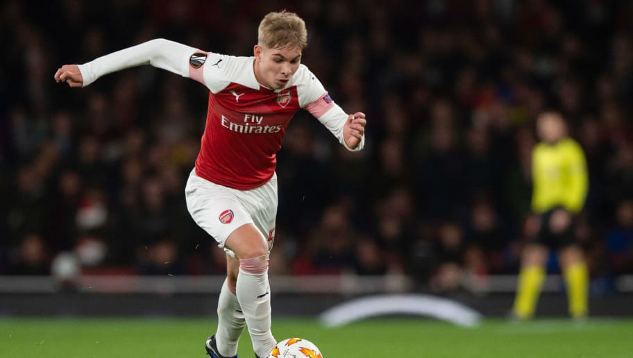 LONDON, ENGLAND - NOVEMBER 08: Emile Smith Rowe of Arsenal controls the ball  during the UEFA Europa League Group E match between Arsenal and Sporting CP at Emirates Stadium on November 8, 2018 in London, United Kingdom. (Photo by TF-Images/Getty Images)