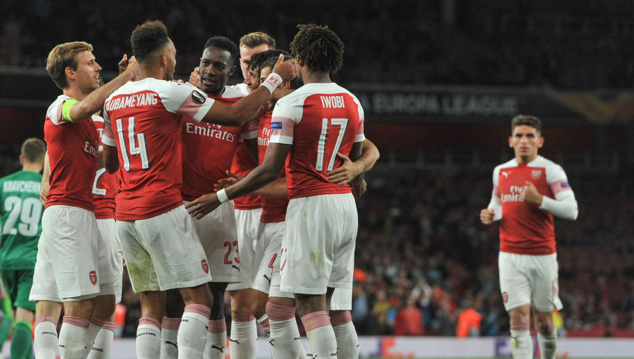 LONDON, ENGLAND - SEPTEMBER 20: Danny Welbeck of Arsenal celebrates after scoring his team`s second goal with team mates during the UEFA Europa League Group E match between Arsenal and Vorskla Poltava at Emirates Stadium on September 20, 2018 in London, United Kingdom. (Photo by TF-Images/Getty Images)
