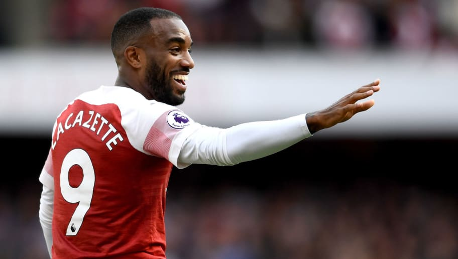 LONDON, ENGLAND - AUGUST 25:  Alexandre Lacazette of Arsenal reacts during the Premier League match between Arsenal FC and West Ham United at Emirates Stadium on August 25, 2018 in London, United Kingdom.  (Photo by Clive Mason/Getty Images)