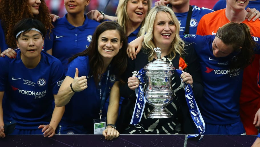 LONDON, ENGLAND - MAY 05:  Karen Carney and Chelsea manager, Emma Hayes celebrate with the trophy during the SSE Women's FA Cup Final match between Arsenal Women and Chelsea Ladies at Wembley Stadium on May 5, 2018 in London, England.  (Photo by Jordan Mansfield/Getty Images)