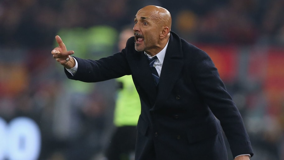 ROME, ITALY - DECEMBER 02:  FC Internazionale head coach Luciano Spalletti reacts during the Serie A match between AS Roma and FC Internazionale at Stadio Olimpico on December 2, 2018 in Rome, Italy.  (Photo by Paolo Bruno/Getty Images)