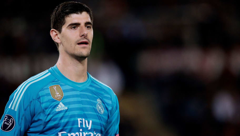 ROME, ITALY - NOVEMBER 27: Thibaut Courtois of Real Madrid  during the UEFA Champions League  match between AS Roma v Real Madrid at the Stadio Olimpico Rome on November 27, 2018 in Rome Italy (Photo by David S. Bustamante/Soccrates/Getty Images)