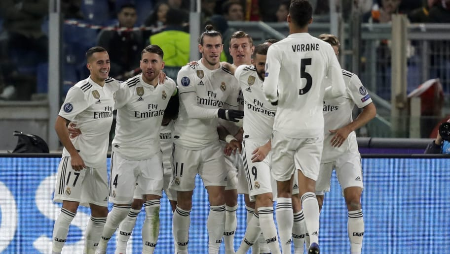 ROME, ITALY - NOVEMBER 27: Lucas Vazquez of Real Madrid, Sergio Ramos of Real Madrid, Gareth Bale of Real Madrid, Toni Kroos of Real Madrid, Karim Benzema of Real Madrid, Raphael Varane of Real Madrid during the UEFA Champions League  match between AS Roma v Real Madrid at the Stadio Olimpico Rome on November 27, 2018 in Rome Italy (Photo by David S. Bustamante/Soccrates/Getty Images)