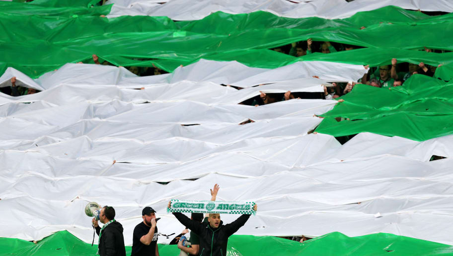 SAINT-ETIENNE, FRANCE - FEBRUARY 22:  Fans show their support before the UEFA Europa League Round of 32 second leg match between AS Saint-Etienne and Manchester United at Stade Geoffroy-Guichard on February 22, 2017 in Saint-Etienne, France.  (Photo by Christopher Lee/Getty Images)