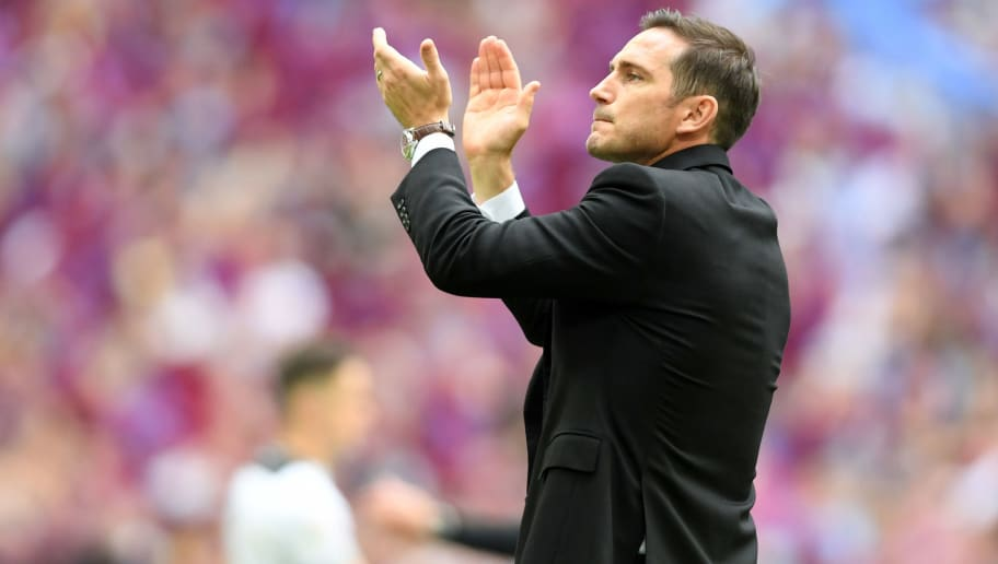 Former Chelsea Player Ruud Gullit Calls Frank Lampard a Great Fit for the Club