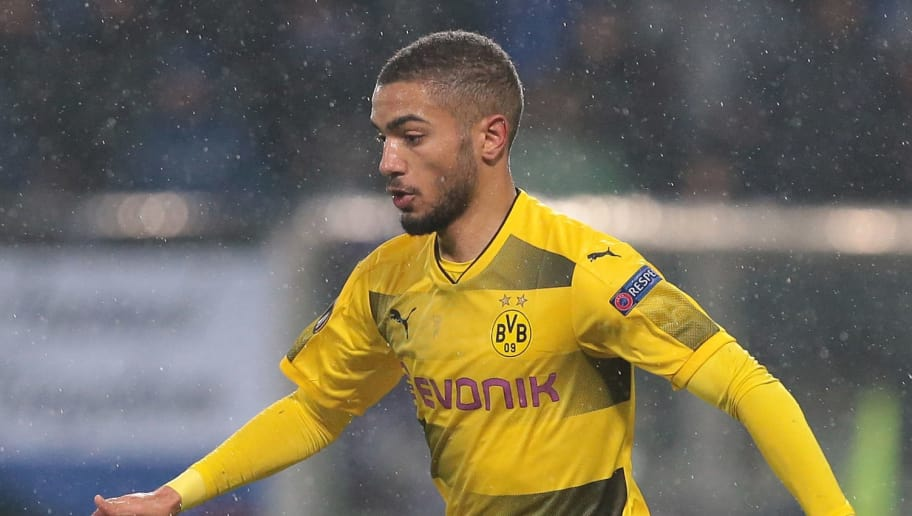 REGGIO NELL'EMILIA, ITALY - FEBRUARY 22:  Jeremy Toljan of Borussia Dortmund in action during UEFA Europa League Round of 32 match between Atalanta and Borussia Dortmund at the Mapei Stadium - Citta' del Tricolore on February 22, 2018 in Reggio nell'Emilia, Italy.  (Photo by Emilio Andreoli/Getty Images)