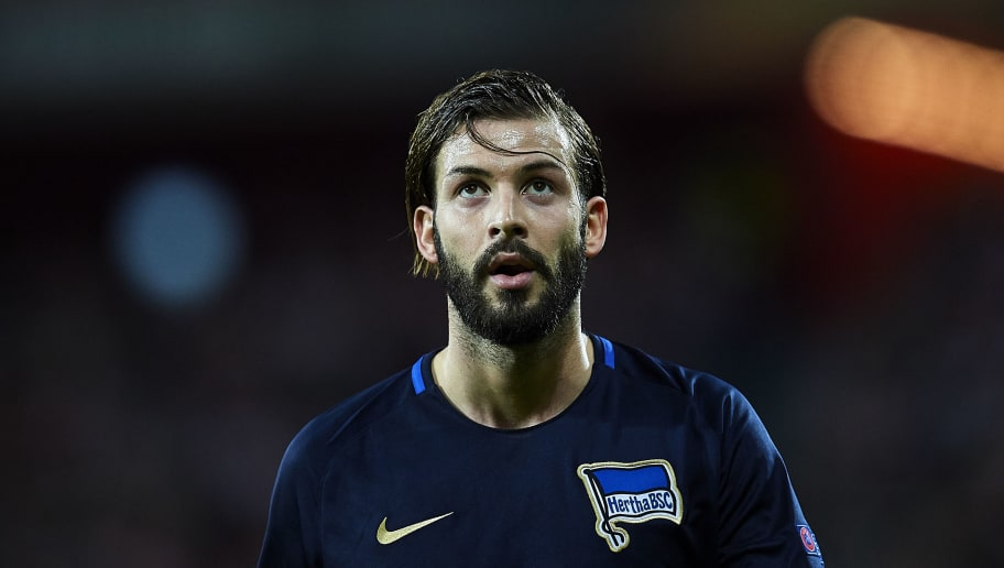 BILBAO, SPAIN - NOVEMBER 23:  Marvin Plattenhardt of Hertha BSC reacts during the UEFA Europa League group J match between Athletic Bilbao and Hertha BSC at San Mames Stadium on November 23, 2017 in Bilbao, Spain.  (Photo by Juan Manuel Serrano Arce/Getty Images)