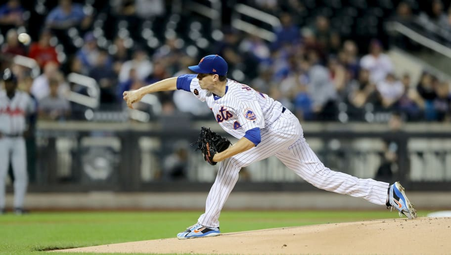 NEW YORK, NY - SEPTEMBER 26:  Jacob deGrom #48 of the New York Mets delivers a pitch in the first inning against the Atlanta Braves on September 26,2018 at Citi Field in the Flushing neighborhood of the Queens borough of New York City.  (Photo by Elsa/Getty Images)