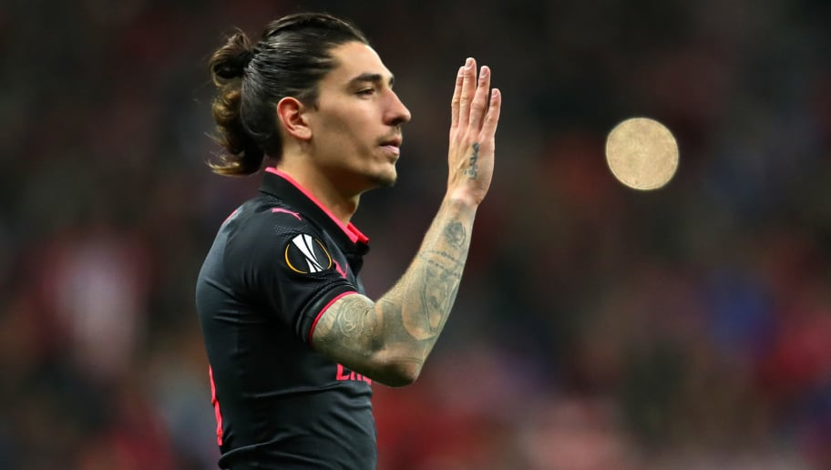 MADRID, SPAIN - MAY 03:  Hector Bellerin of Arsenal reacts after during the UEFA Europa League Semi Final second leg match between Atletico Madrid  and Arsenal FC at Estadio Wanda Metropolitano on May 3, 2018 in Madrid, Spain.  (Photo by Catherine Ivill/Getty Images)