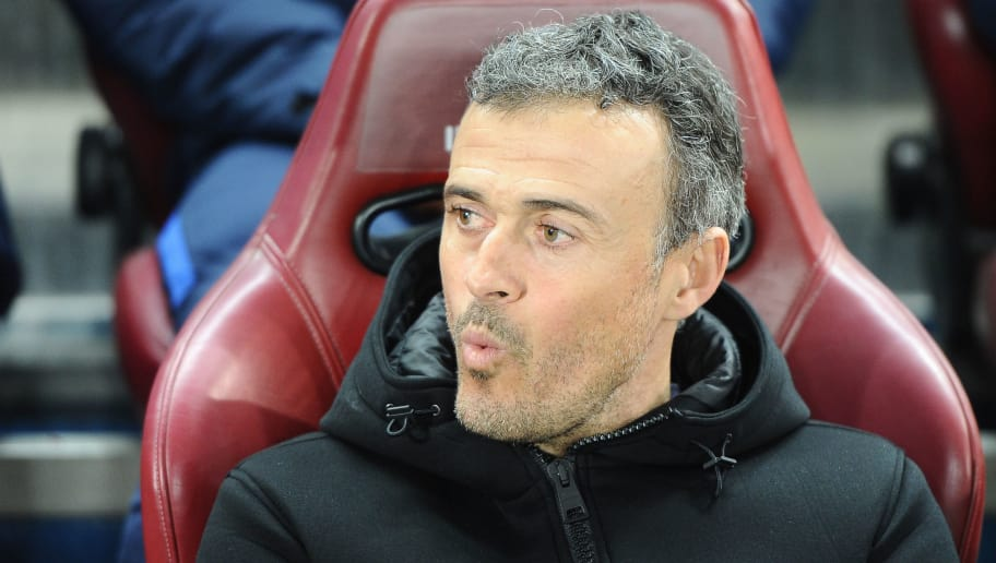 MADRID, SPAIN - FEBRUARY 01:  Luis Enrique, manager of FC Barcelona before the Copa Del Rey Semi-final first Leg match between Atletico Madrid v FC Barcelona at  Vicente Calderon on February 01, 2017 in Madrid, Spain. (Photo by Sonia Canada/Getty Images)