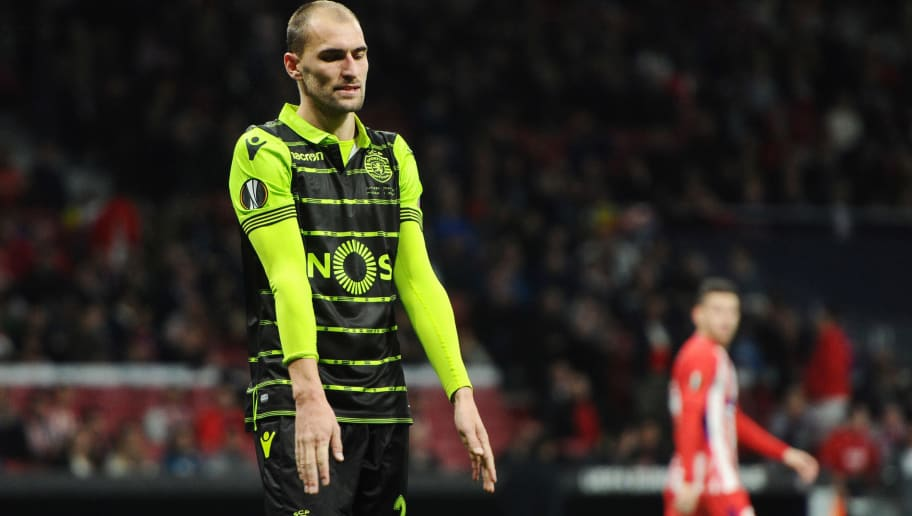 MADRID, SPAIN - APRIL 5: Bas Dost, #28 of Sporting CP  during the UEFA Europa League Quarter Final Leg One match between Club Atletico Madrid and Sporting CP at Wanda Metropolitano on April 5, 2018 in Madrid, Spain. (Photo by Sonia Canada/Getty Images)