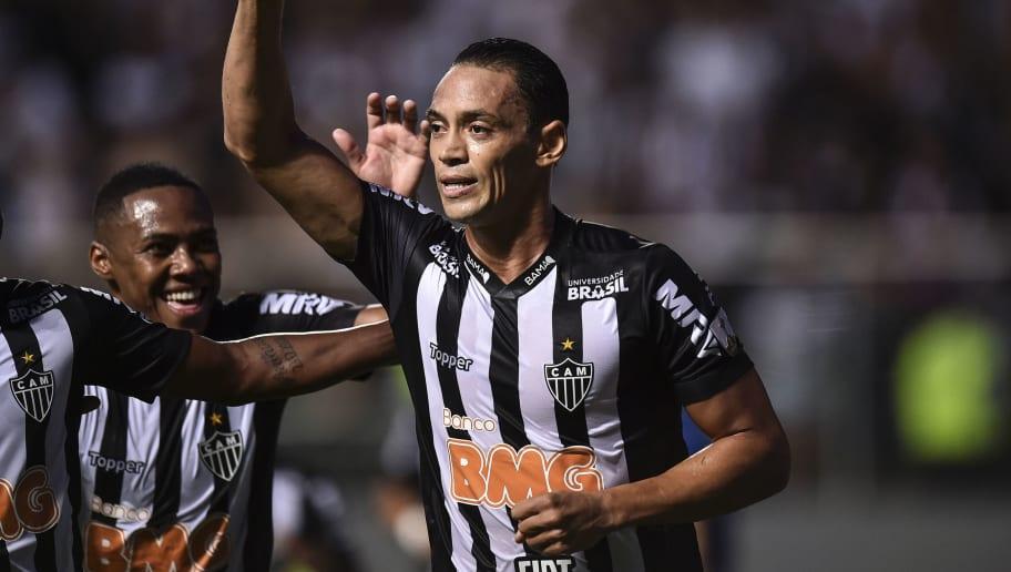 a14c95ecf Atlético-MG ou Santos  Futuro de Ricardo Oliveira se encaminha ...
