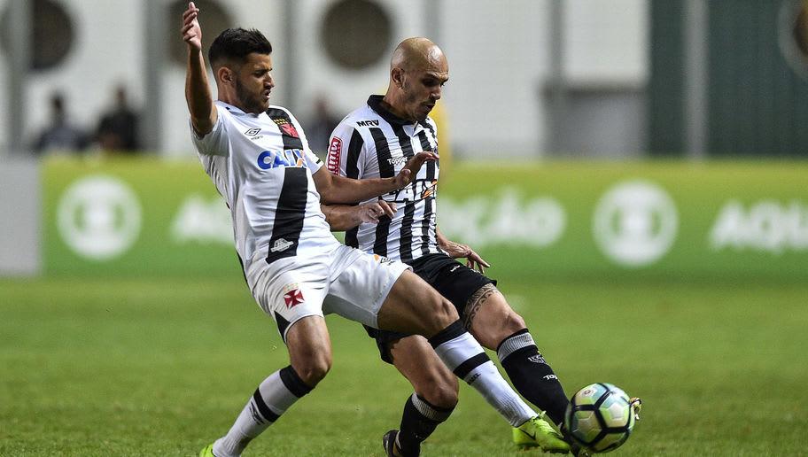 Fabio Santos,Guilherme Costa