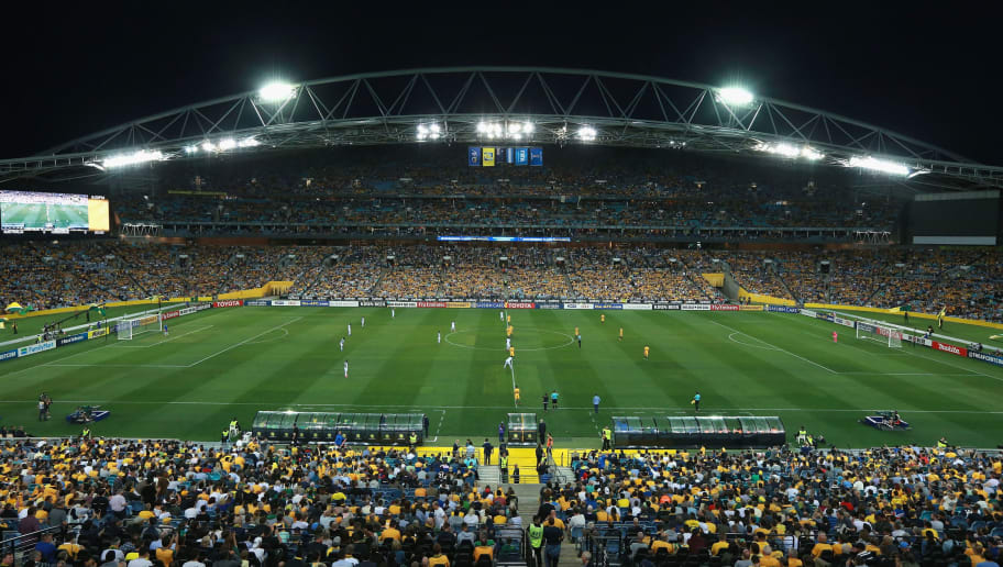 SYDNEY, AUSTRALIA - NOVEMBER 15:  A general view as play starts during the 2018 FIFA World Cup Qualifiers Leg 2 match between the Australian Socceroos and Honduras at ANZ Stadium on November 15, 2017 in Sydney, Australia.  (Photo by Mark Evans/Getty Images)