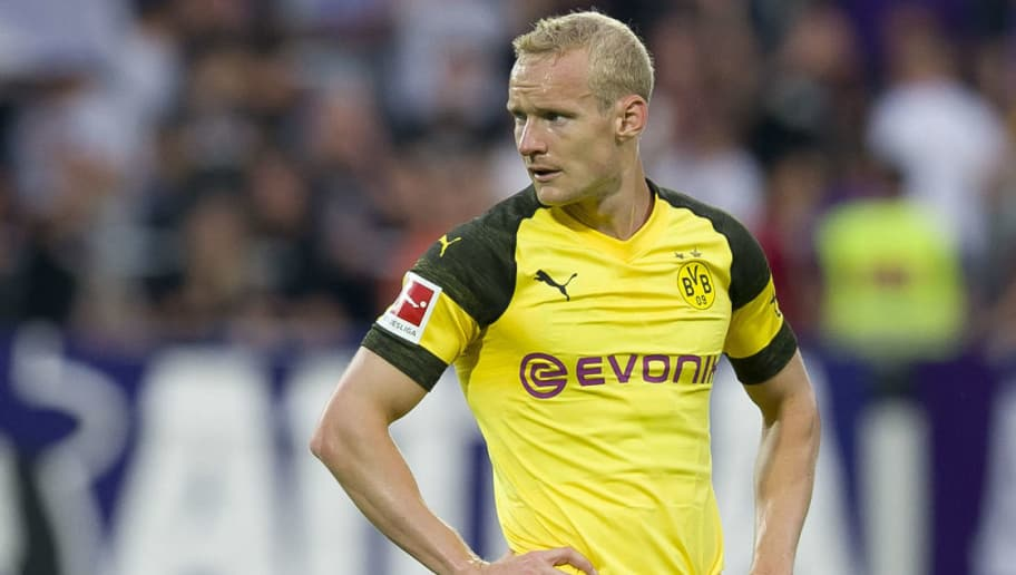 VIENNA, AUSTRIA - JULY 13: Sebastian Rode of Borussia Dortmund looks on during the friendly match between Austria Wien and Borussia Dortmund at Generali Arena on July 13, 2018 in Vienna, Austria. (Photo by TF-Images/Getty Images)