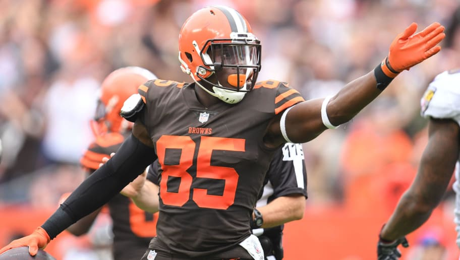 CLEVELAND, OH - OCTOBER 07: David Njoku #85 of the Cleveland Browns celebrates a play in the first half against the Baltimore Ravens at FirstEnergy Stadium on October 7, 2018 in Cleveland, Ohio. (Photo by Jason Miller/Getty Images)