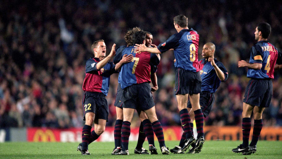 18 Apr 2000:  Barcelona celebrate during the UEFA Champions League quarter-final second leg against Chelsea at the Nou Camp in Barcelona, Spain.  Barcelona won the match 5-1. \ Mandatory Credit: Clive Brunskill /Allsport