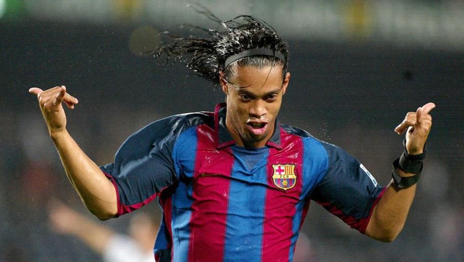 Barcelona's Ronaldinho De Asis Moreira o