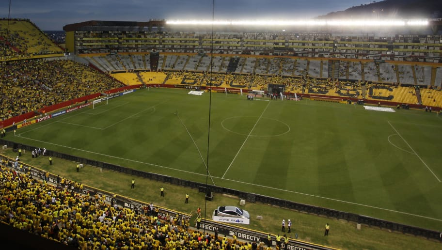 GUAYAQUIL, ECUADOR - SEPTEMBER 13: General view of Monumental Staidum prior to a match between Barcelona SC and Santos as part of quarter finals of Copa CONMEBOL Libertadores Bridgestone 2017 at Monumental Stadium on September 13, 2017 in in Guayaquil, Ecuador. (Photo by Franklin Jacome/Getty Images)