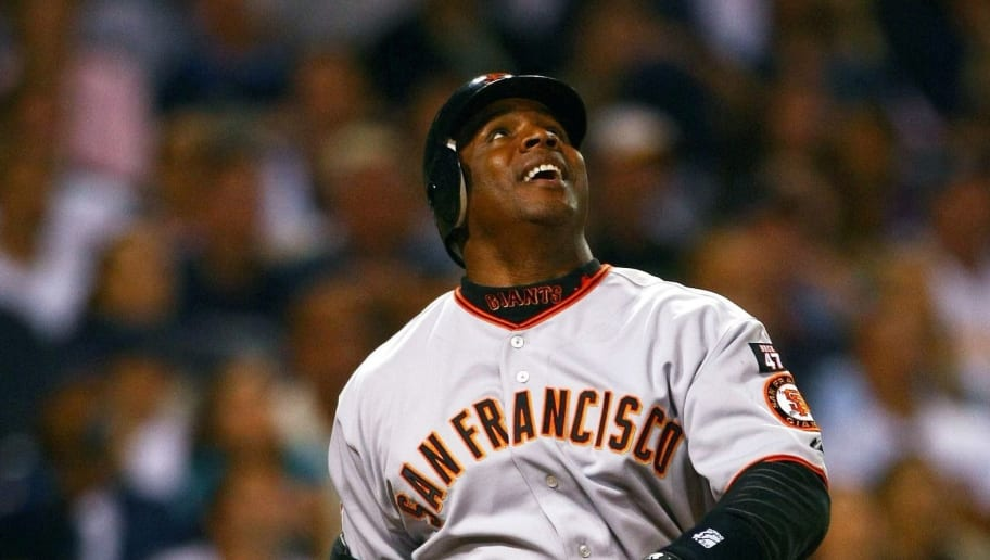 SAN DIEGO - SEPTEMBER 14:  Barry Bonds #25 of the San Francisco Giants reacts to a pop fly against the San Diego Padres during the 6th inning of their MLB Game on September 14, 2007 at Petco Park in San Diego, California.  (Photo by Donald Miralle/Getty Images)