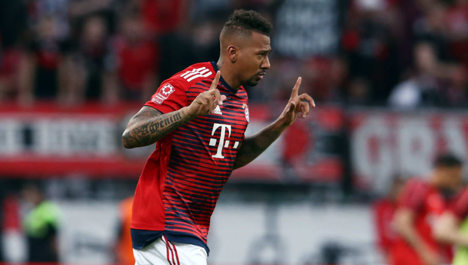 LEVERKUSEN, GERMANY - APRIL 17: Jerome Boateng of Muenchen warms up prior to the DFB Cup semi final match between Bayer 04 Leverkusen and Bayern Muenchen at BayArena on April 17, 2018 in Leverkusen, Germany. (Photo by Alex Grimm/Getty Images)