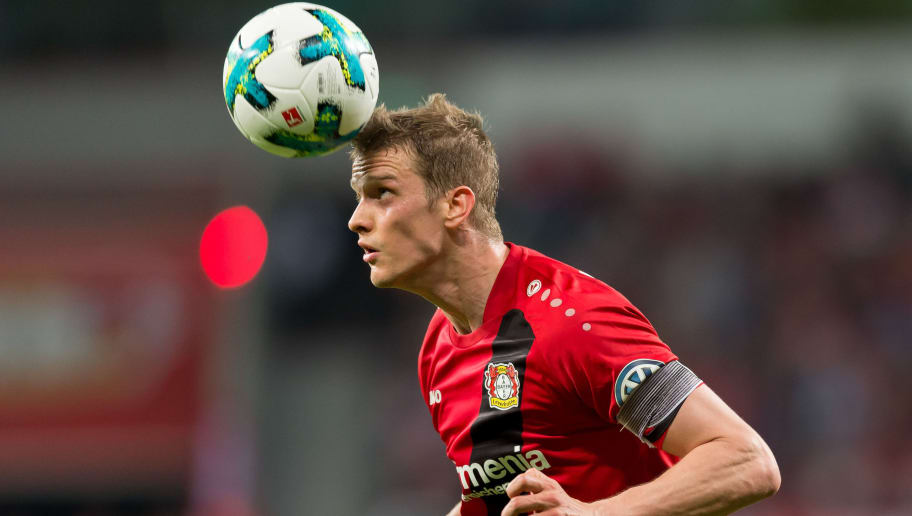 LEVERKUSEN, GERMANY - APRIL 17: Lars Bender of Leverkusen controls the ball during the DFB Cup semi final match between Bayer 04 Leverkusen and Bayern Munchen at BayArena on April 17, 2018 in Leverkusen, Germany. (Photo by TF-Images/Getty Images)