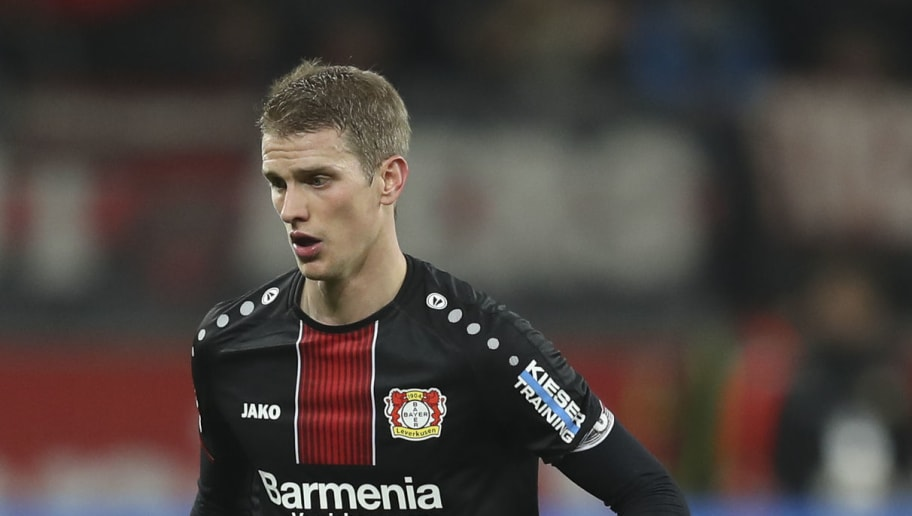LEVERKUSEN, GERMANY - NOVEMBER 23: Lars Bender #8 of Bayer Leverkusen controls the ball during the Bundesliga match between Bayer 04 Leverkusen and VfB Stuttgart at BayArena on November 23, 2018 in Leverkusen, Germany. (Photo by Maja Hitij/Bongarts/Getty Images)