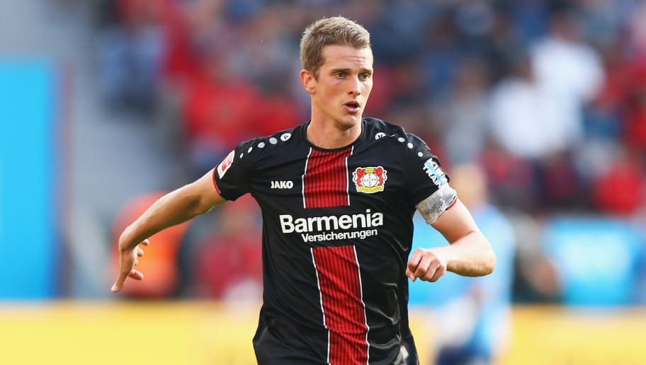 LEVERKUSEN, GERMANY - SEPTEMBER 01:  Lars Bender of Bayer 04 Leverkusen in action during the Bundesliga match between Bayer 04 Leverkusen and VfL Wolfsburg at BayArena on September 1, 2018 in Leverkusen, Germany.  (Photo by Dean Mouhtaropoulos/Bongarts/Getty Images)