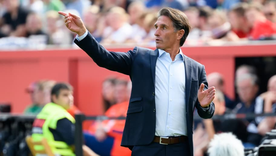 LEVERKUSEN, GERMANY - SEPTEMBER 01: Head coach  Bruno Labbadia of Wolfsburg  gestures  during the Bundesliga match between Bayer 04 Leverkusen and VfL Wolfsburg at BayArena on September 1, 2018 in Leverkusen, Germany. (Photo by TF-Images/Getty Images)