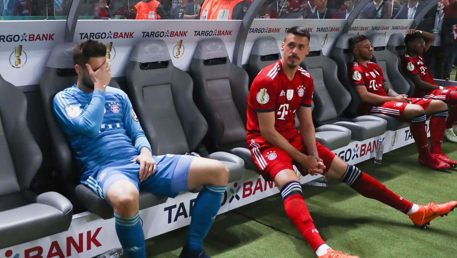 BERLIN, GERMANY - MAY 19: Goalkeeper Sven Ulreich and Sandro Wagner of Muenchen react on the bench after the DFB Cup final between Bayern Muenchen and Eintracht Frankfurt at Olympiastadion on May 19, 2018 in Berlin, Germany.  (Photo by Alex Grimm/Bongarts/Getty Images)