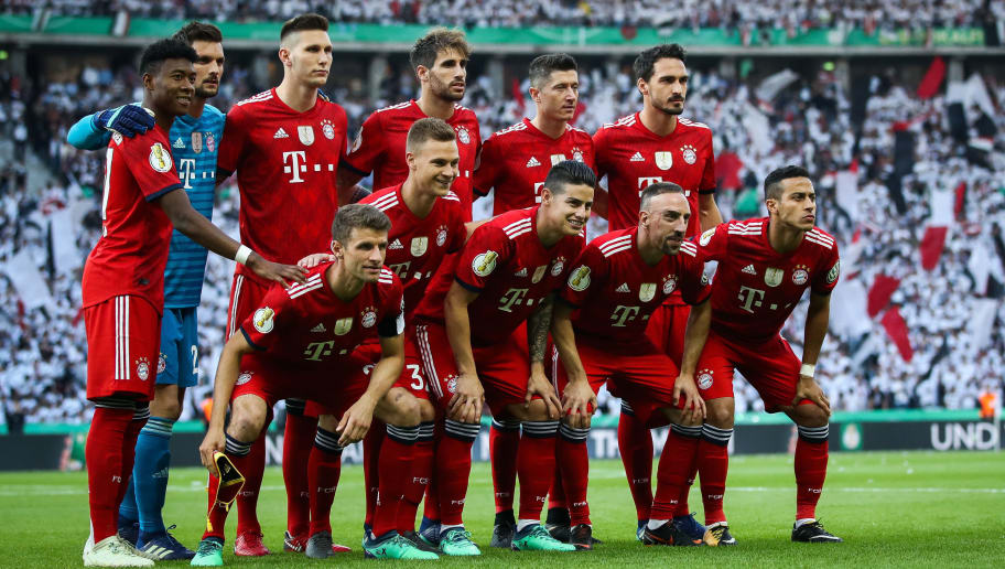 BERLIN, GERMANY - MAY 19: Team of Bayern Muenchen  lines up prior to the DFB Cup final between Bayern Muenchen and Eintracht Frankfurt at Olympiastadion on May 19, 2018 in Berlin, Germany. (Photo by Maja Hitij/Bongarts/Getty Images)
